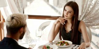 Body-Language Signs   5 Signs That Show He Likes You   Pr Forbes